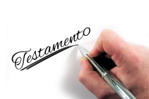 Testamento olografo falso e accertamento negativo della scrittura